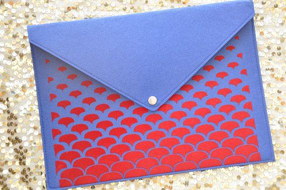 Blue clutch purse, Red Envelope clutch, Blue handbag, Laptop carrying case, Folder case, Blue laptop case, Felt macbook sleeve, Laptop cover