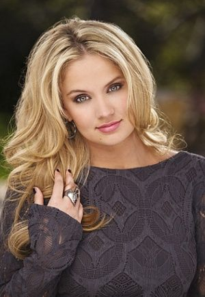 Tiffany Thornton I remember her from Sonny with a Chance.