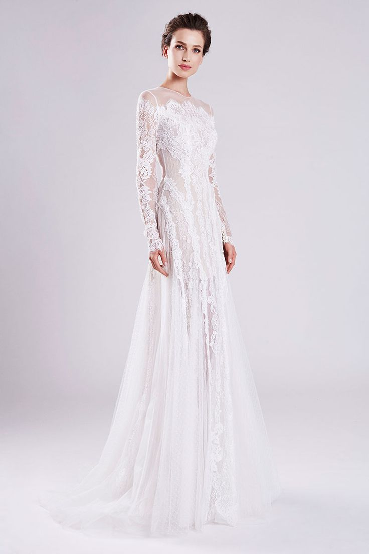 Fashion Friday: Otilia Brailoiu Atelier 2016 Collection | http://brideandbreakfast.hk/2016/12/02/otilia-brailoiu-atelier-2016-collection/