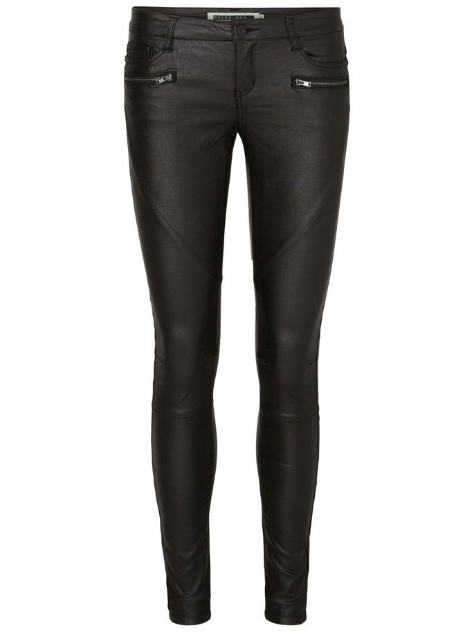 Black rocky jeans from Noisy may. Style with a chequer shirt or a printed t-shirt.