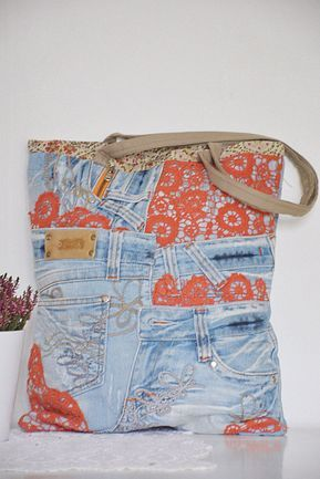 SHABBY CHIC denim tote bag with red lace detailing and cotton lining + one inside denim pocket. Perfect as a laptop bag, shopping bag or simply as a pretty denim handbag. Made from high quality blue jeans (recycled - upcycled) with great attention to detail and passion for sustainable