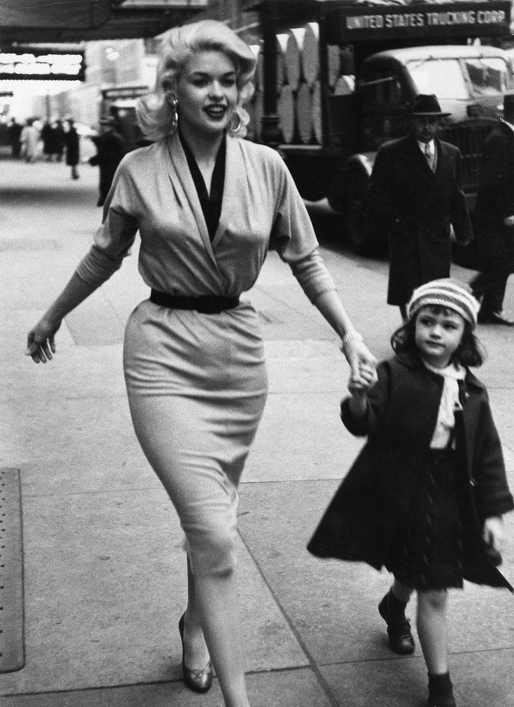 Here are some more who 'made the cut' - Best hourglass -shaped bodies of all time:#27.Jayne Mansfield