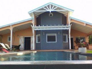 Villa avec piscine à débordement à Saint François (Réf:5823 Villa Guadeloupe SaintFrancois)