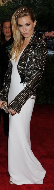Who made  Sienna Millers white gown and spike leather jacket that she wore to the 2013 Met Gala in New York?