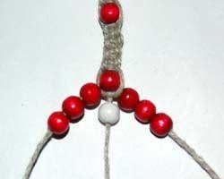 DIY Hemp threaded flower bracelet or necklace!