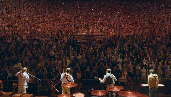Google Image Result for http://d1ykgfsab97tl1.cloudfront.net/blog/wp-content/uploads/2012/09/Mumford-and-Sons-Red-Rocks-Music-Video.jpg