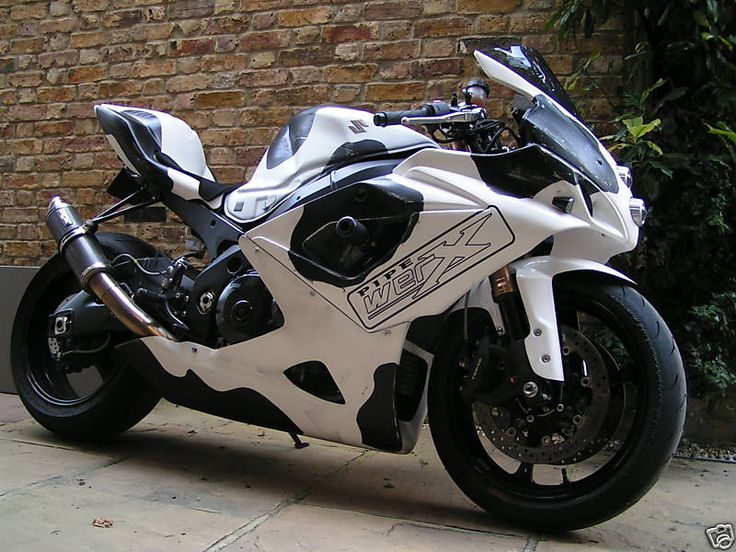 Suzuki GSXR 1100... hopefully we can make this dream come true in the future..