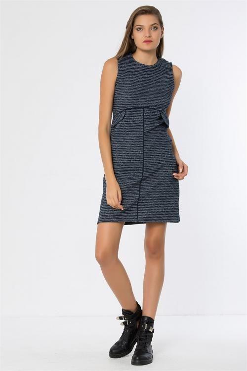 Biye Şeritli Cepli Arkası Fermuarlı Elbise - Fotoğraf