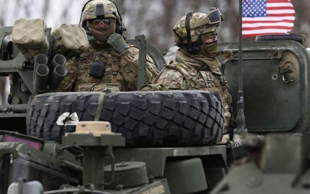 New York Times: Gli Stati Uniti studiano l'invio di 5000 soldati e armamenti nell'Europa orientale. Secondo un'inchiesta del New York Times, gli Stati Uniti starebbero pensando a inviare cinquemila soldati e armamenti nell'Europa orientale. Nello specifico nel Paesi Baltici. Ma la decisione spetta a #usa #ucraina #baltico #europaoriantale