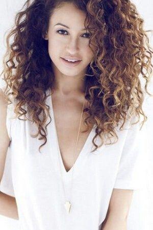 Inspiration pour cheveux bouclés Permanente cheveux