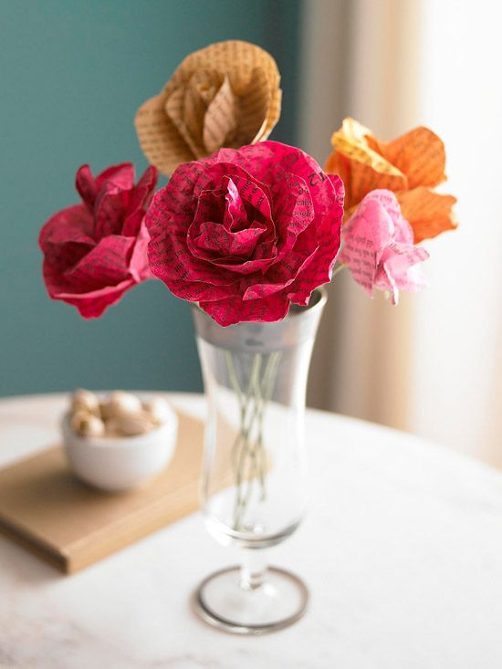 Paper Flower Bouquet: This paper flower bouquet would be a perfect homemade gift for a book-loving mom or teacher!