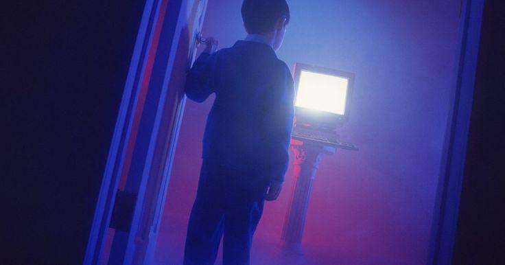 Resolvendo desastres tecnológicos assustadores. Os zumbis e fantasmas podem causar frio na espinha, mas, quando se trata de terror verdadeiro, olhe para o seu computador. Nos dias bons, ele mostra vídeos engraçados de gatos e redes sociais com facilidade - mas quando fica ruim, é horrível. Se você já enfrentou uma tela azul sem ter um backup de ...
