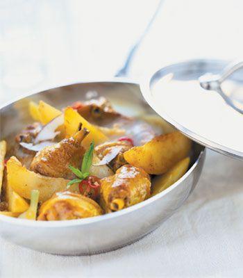 Caril de aves. Veja a receita em: http://www.batatasdefranca.com/receitas/pratos.html#!prettyPhoto[caril_aves]/0/ #Batata #Receita #Comida #Batatas #Cozinhar #batatascomsabor #pratos #caril #ave