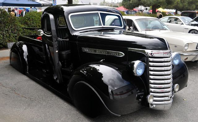 40s cars just a car guy cool 1930 39 s or 40 39 s gmc pickup with front fender cars. Black Bedroom Furniture Sets. Home Design Ideas