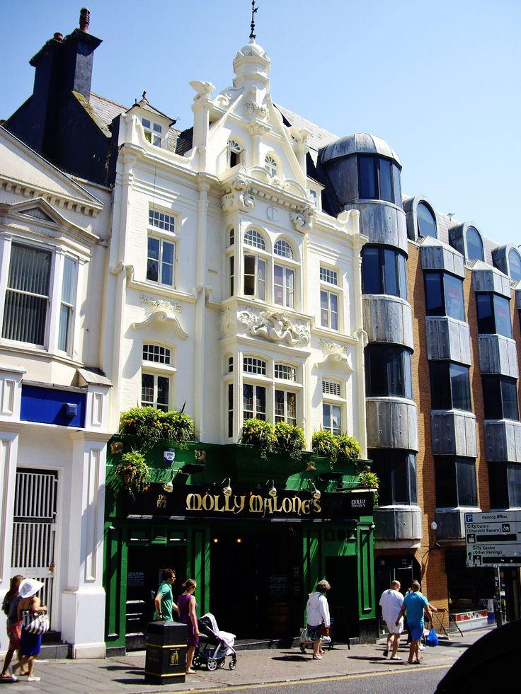 Molly Malone's pub, Brighton, England
