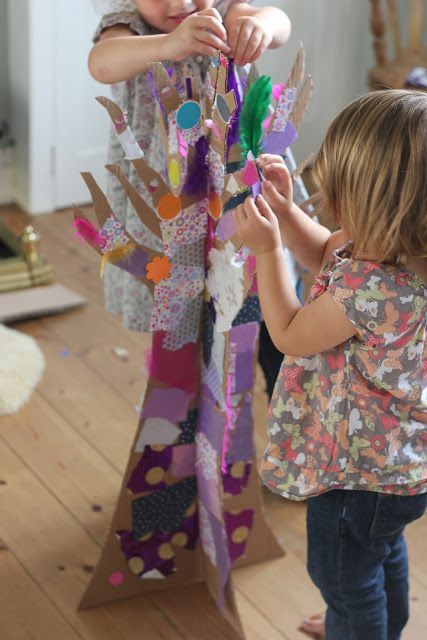 The Imagination Tree: Love this for sculpture art project.  Great for the toddlers to put things on the sculpture....like Kandinsky circles?
