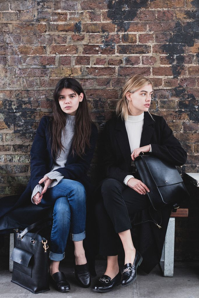 Look at these girls sista', they have a blog...and style. Tote - Eleanor Leather Tote | What She Said, Joanna Halpin & Sarah Halpin