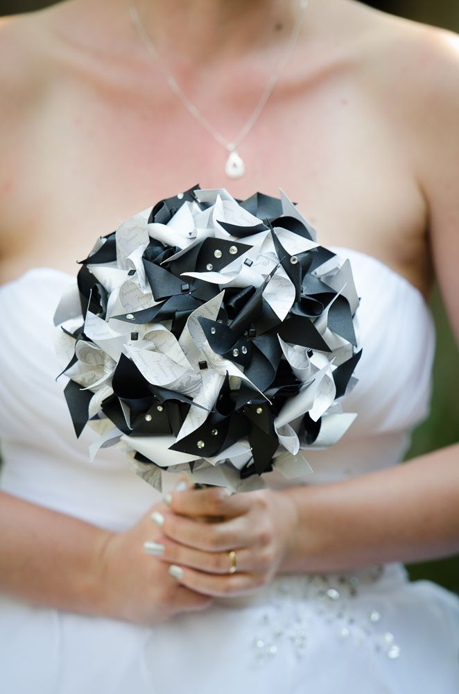 Black and silver paper pinwheel bouquet. Stunning and by far my most favourite. Made by Bouquets and Beyond. An everlasting piece with some added sparkle.