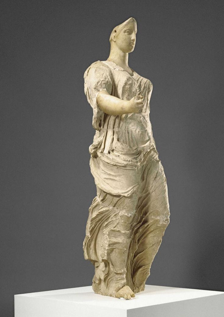 Venere di Morgantina. Arte greca,dalla Sicilia, 425-400 aC. Getty Museum, Usa.