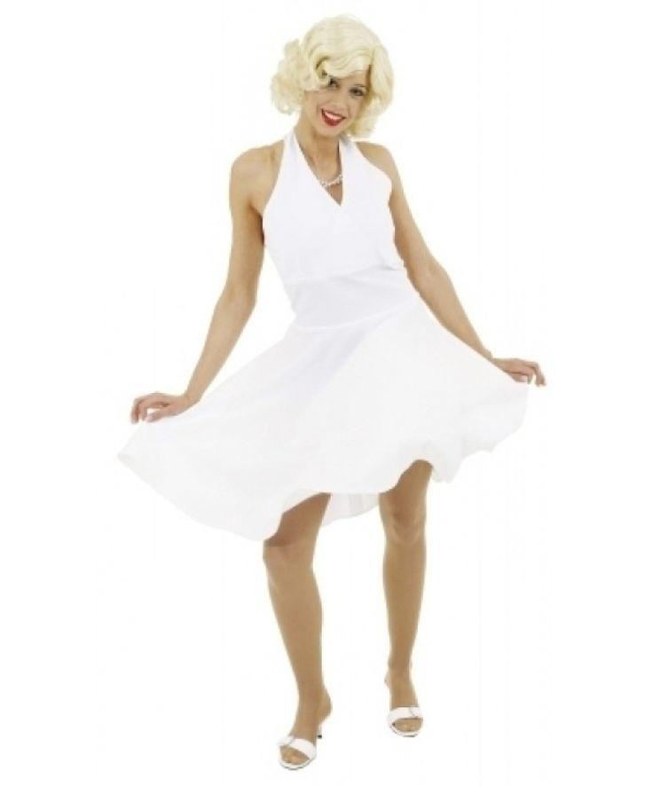Отличное платье для ретро-вечеринки. Дополните образ париком, перчатками и чулками. Купить это платье Мерлин Монро можно по ссылке — http://fas.st/G0Hoj