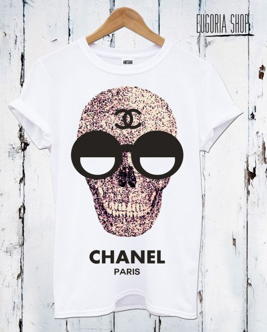 chanel skull sunglasses funny t-shirt, anishar t-shirt, eugoria t-shirt, fashion skull t-shirt ... The COOLEST graphic tees on this site!¡!