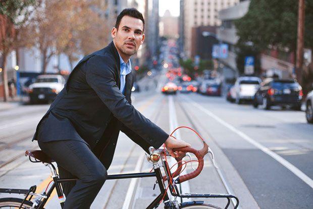 Marca americana cria o terno perfeito para ir ao trabalho de bike...leia