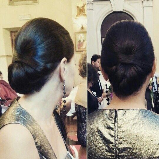 Simple #hairstyle#hairup#elegant