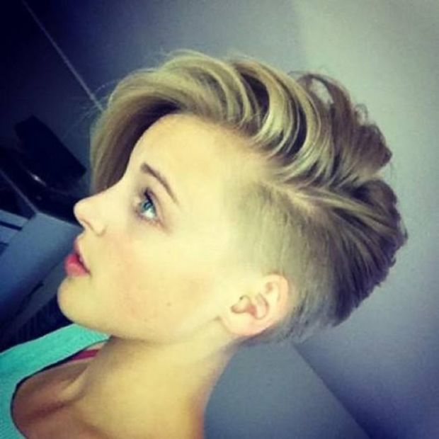 Half-shaved short hairstyle. http://beautyeditor.ca/2015/04/09/pixie-cut-transition