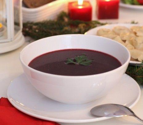 Barszcz grzybowy - Przepisy.Barszcz dosmaczony wywarem z grzybów to świąteczna, luksusowa wersja tej zupy. Barszcz grzybowy to przepis, którego autorem jest: Magda Gessler