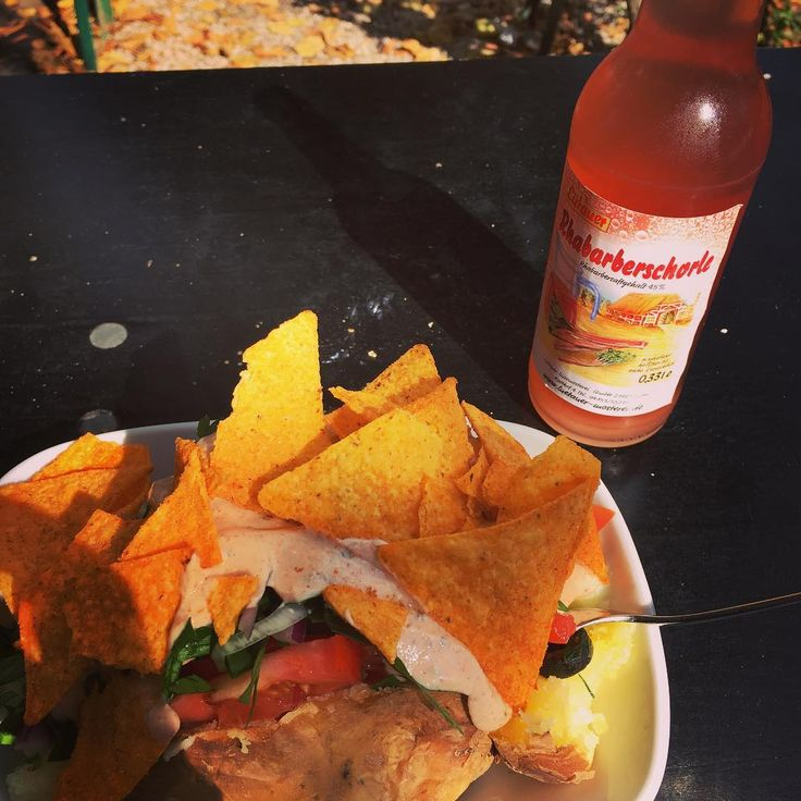 Mittagslunch! Beste kartoffel in hamburg #hh #kumpir #sunnyday #startuplife