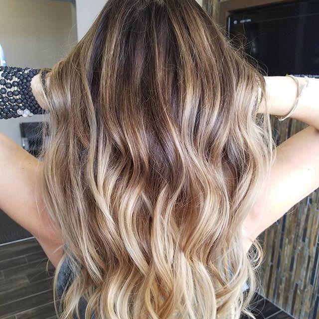 Painting the way  As promised, a brunette!!... (going blonde)   .  .  .  #balayagehighlights  #balayaged #balayage #behindthechair #modernsalon #kevinmurphy #wella #bumbleandbumble #olaplex #redkin #paintedhair #carmelbalayage #carmel #waves #balayagedhair #hairpainting #dimention #dimentionalhair #rooty #cleveland #ashlinbacikhairstudio #solasalon #rockyriver #brunette #longhair #vanilla #goldwell #summer #fallhairinspo #fallhair