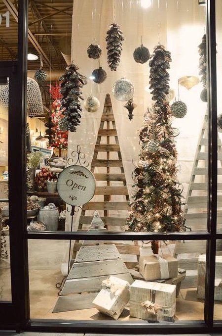 Resultado de imagem para formas de decorar vitrinas interiores de lojas