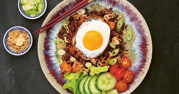 Nasi goreng med kyckling