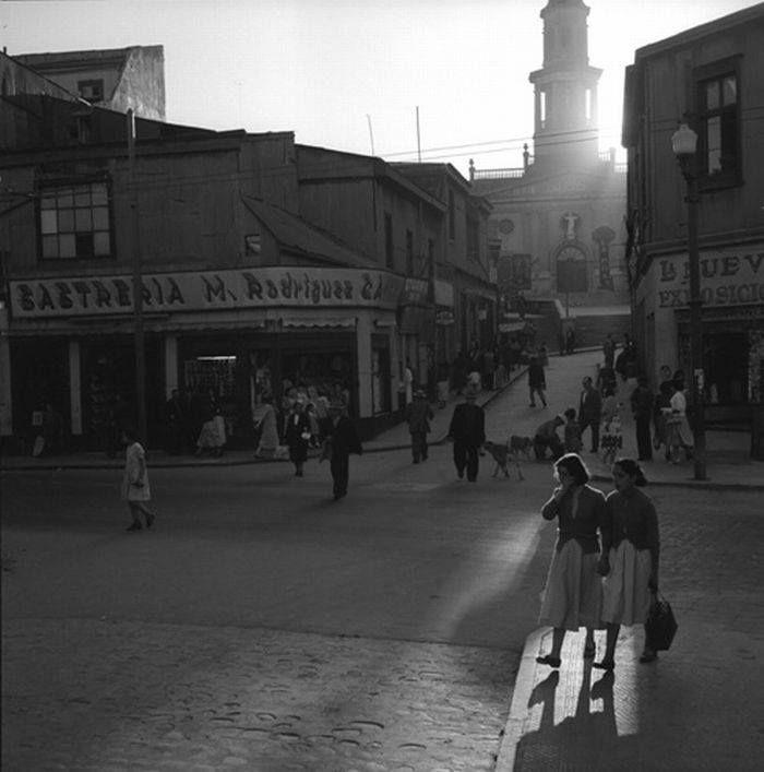 Entorno de la Iglesia La Matriz  (1954)