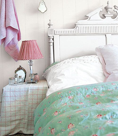 Best 25+ Carved Beds Ideas On Pinterest