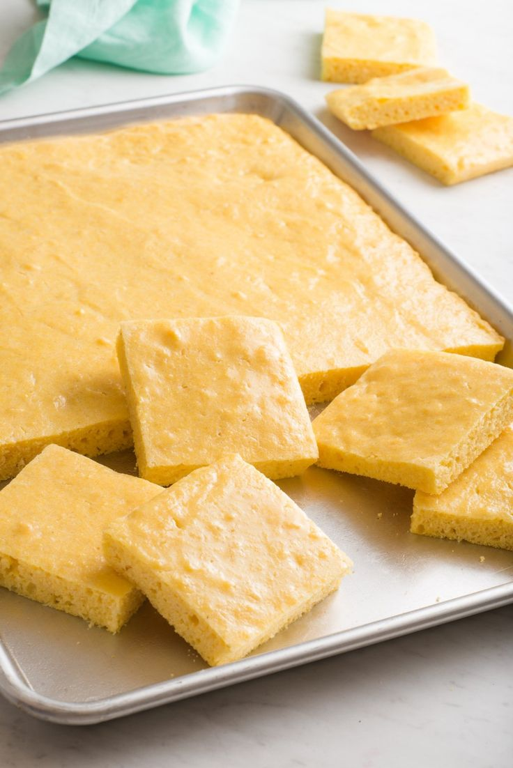Sheet Pan or Sheet Cake Cornbread. Need recipes and ideas for sides or side dishes for a Crowd at a graduation party, potluck, or backyard bbq? This homemade corn bread is fast and easy to make, great for families with kids or just adults. You'll need flour, yellow cornmeal, baking powder, buttermilk, eggs, and butter. Southern style and great with chili.