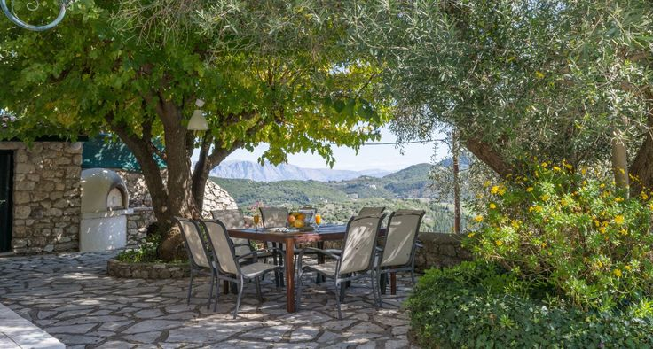 Al fresco dining in the countryside!Traditional house for rent. Lefkada, Ionian Islands, Greece #islandlife #booknow