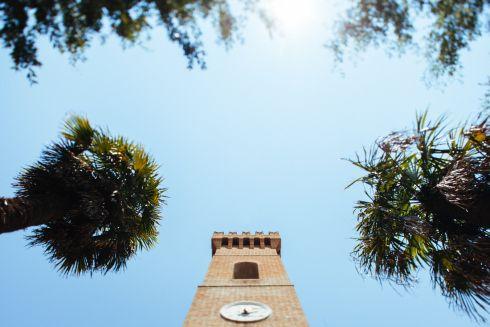 http://visitingsenigallia.wordpress.com/2013/09/19/uno-due-tre-castelli-tre-voci-dal-nuovo-paese-marchigiano-ph-by-matteo-crescentini/