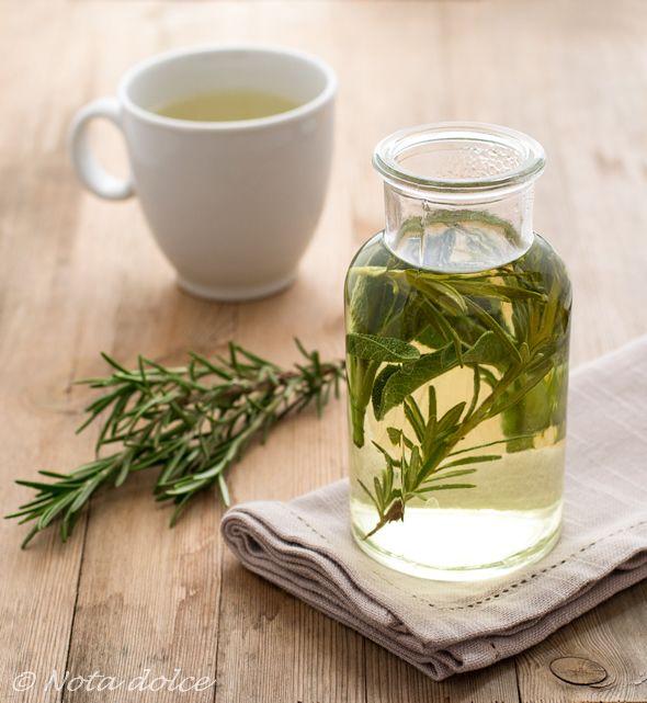 Tisana alle erbe aromatiche ricetta facile