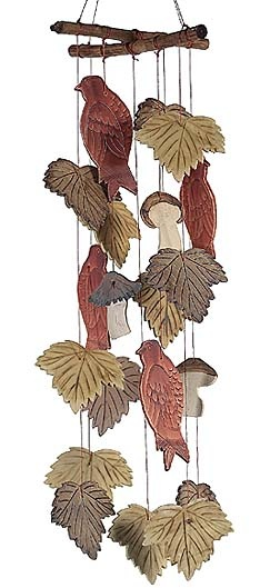 Fall wind chimes: Diy Windchimes, Clay Mobiles, Autumn Wind, Clay Wind, Autumn Leaves, Fall Wind, Mobiles Wind Chimes, Polymer Clay, Hens Houses