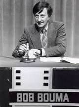 """""""Voor een briefkaart op de eerste rang"""" was een televisie-quiz onder leiding van Bob Bouma van 1969-1982 en was een heel fijn programma."""