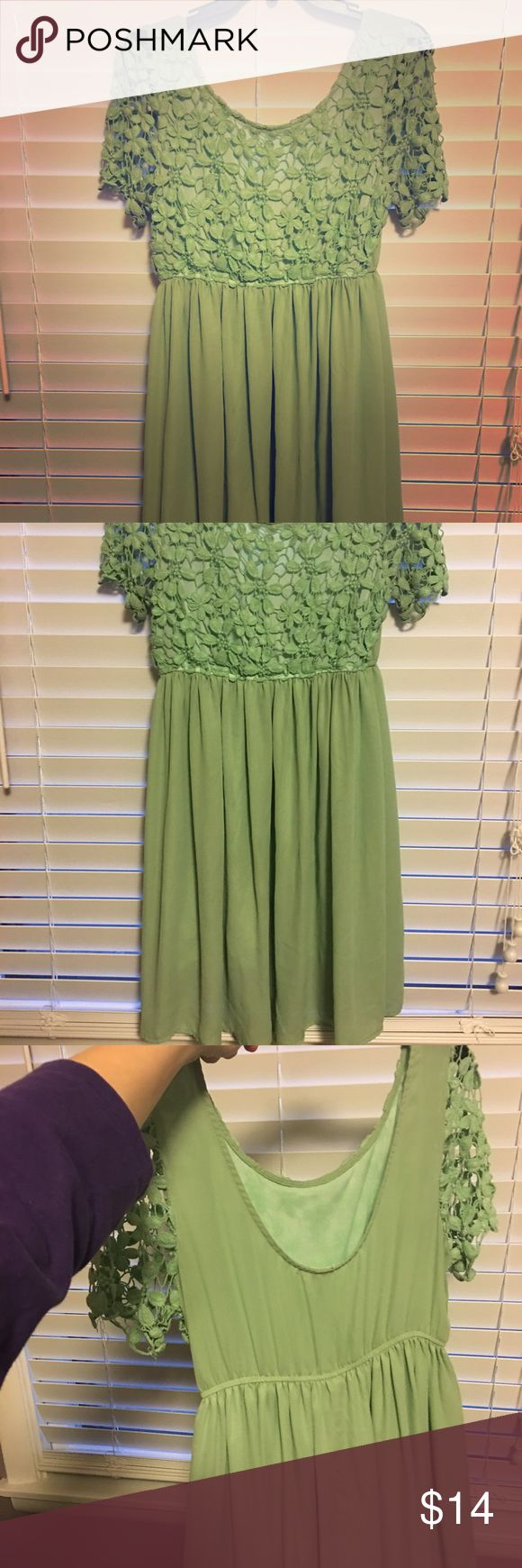 Mint green dress Lace sleeve with scooped back. Size not shown but fits a small-medium Dresses