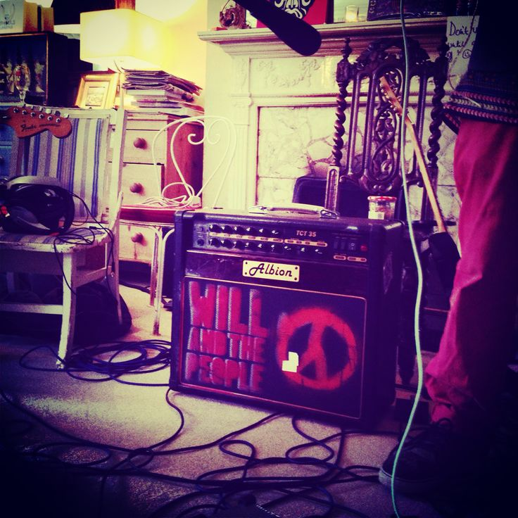 Will And The People did a session with us. Here is their amp. :) more coming to St Pauls Lifestyle #amp #guitar #studio #watp #willandthepeople