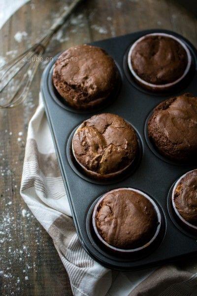 Muffins au chocolat et cœur fondant au beurre de cacahuète
