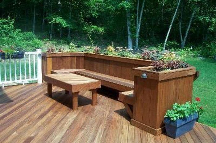 Build A Planter Bench For Your Garden Planter Bench Deck