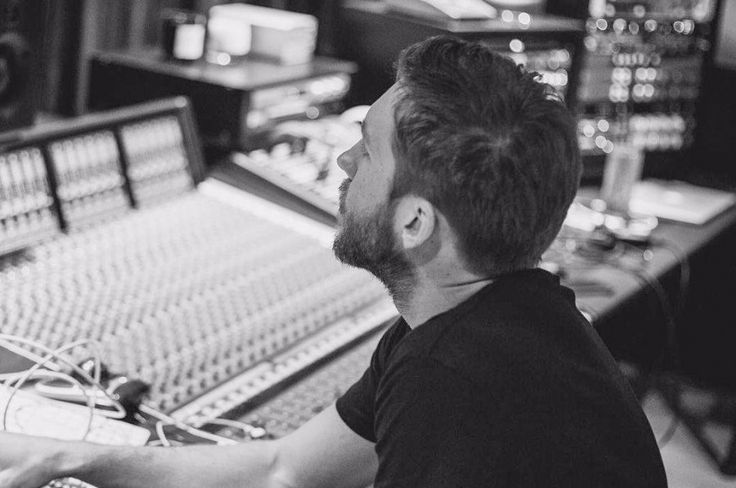 """Scottish DJ Calvin Harris has delivered a new song """"Feels"""" with Pharrell Williams, Katy Perry and Big Sean from his fifth album """"Funk Wav Bounces Vol. 1""""."""