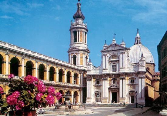 Greetings from Loreto, in the beautiful Marche region, Italy #destinazionemarche #Loreto #rivieradelconero
