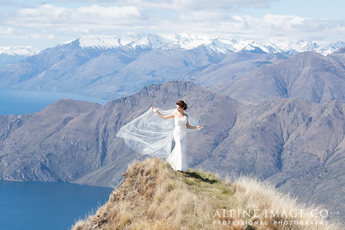Mt Roy, Queenstown & Wanaka Wedding - Photography by Alpine Image Co.