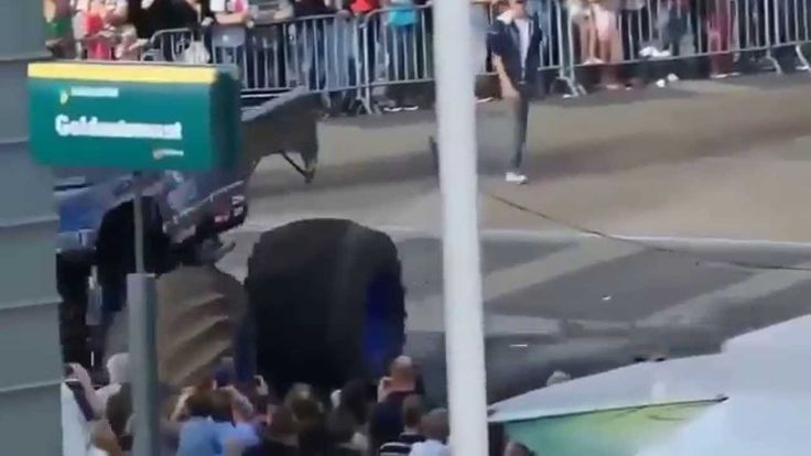 Monster truck accident in Holland
