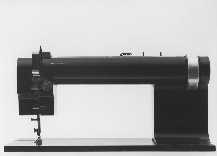 Richard Sapper - Industrial Sewing Machine - 1962. It's amazing how modern this looks.